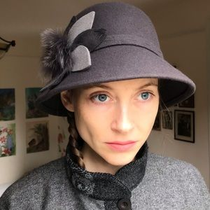 100% Wool Grey Cloche Hat With Fur Detail